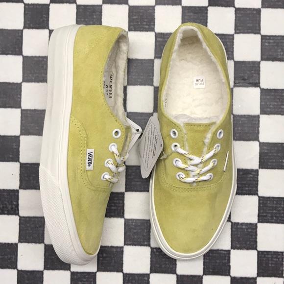 261479a8ddf Vans Shoes - Vans authentic